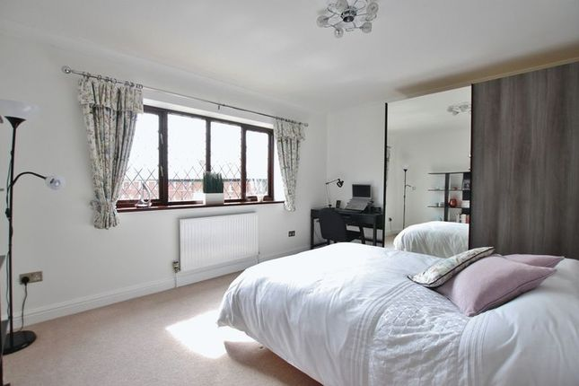 Bedroom of Oldfield Gardens, Lower Heswall, Wirral CH60