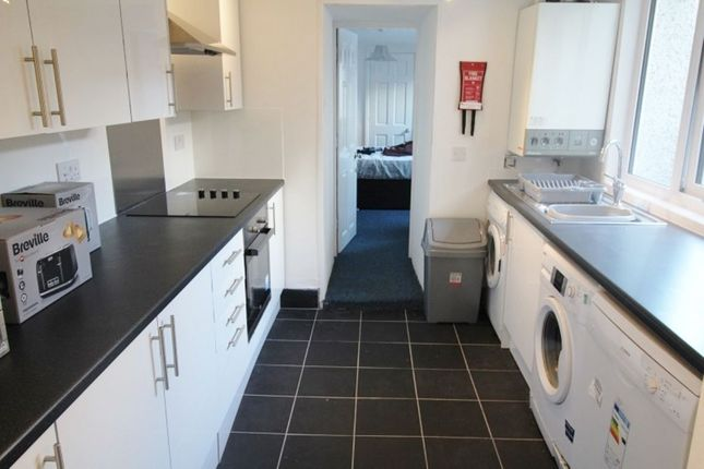 Thumbnail Terraced house to rent in Shaftesbury Place, Plymouth