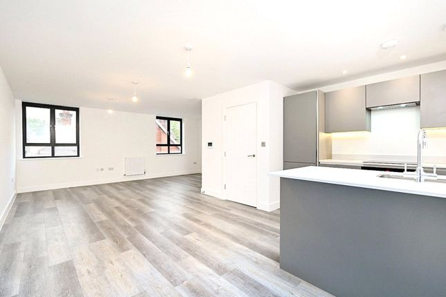 Thumbnail Flat for sale in Flat E, Hassocks, West Sussex