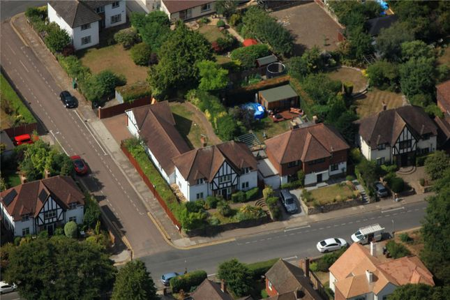 Picture No. 03 of Townsend Drive, St. Albans, Hertfordshire AL3
