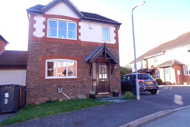 Thumbnail Detached house to rent in Swale Close, Stone Cross, Pevensey
