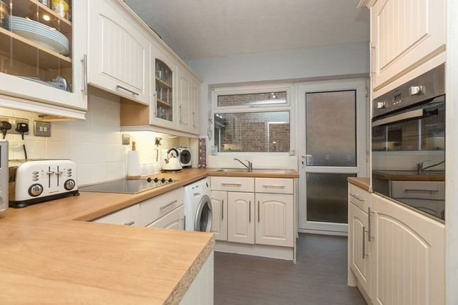 Kitchen of Rookery Avenue, Appley Bridge WN6