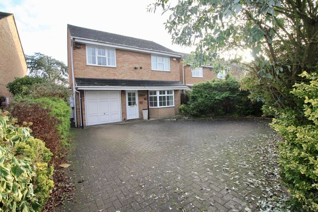 Thumbnail Detached house to rent in Green Lane, Burnham, Slough