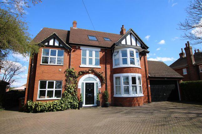 Thumbnail Detached house for sale in London Road, Bracebridge Heath, Lincoln
