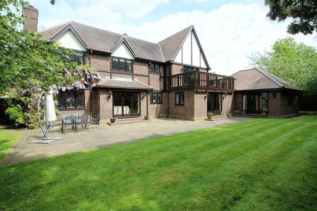 Thumbnail Detached house for sale in Carrington Close, Arkley