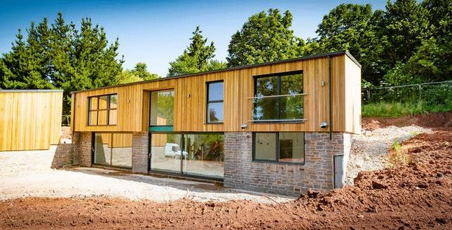 Thumbnail Detached house for sale in Exeter Road, Crediton