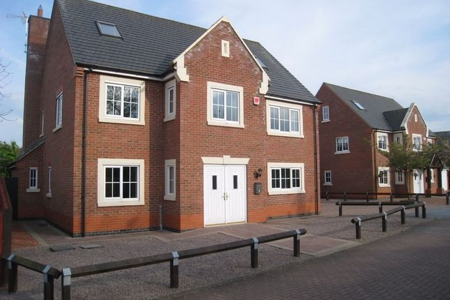 Thumbnail Detached house to rent in Park View Close, Broughton Astley, Leicester