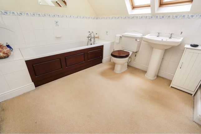 En-Suite of Boundary Acre, Southampton SO31