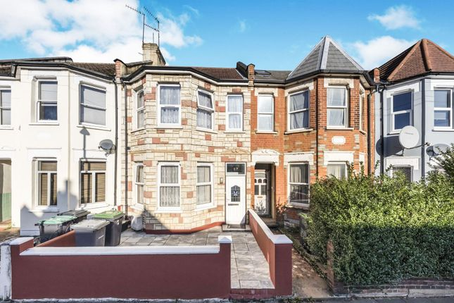 Thumbnail Terraced house for sale in Boundary Road, Wood Green