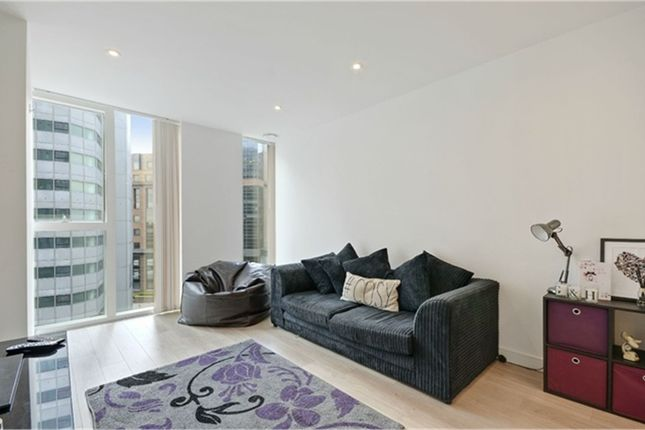 Thumbnail Flat for sale in Tennyson Apartments, Saffron Central Square, Croydon, Surrey