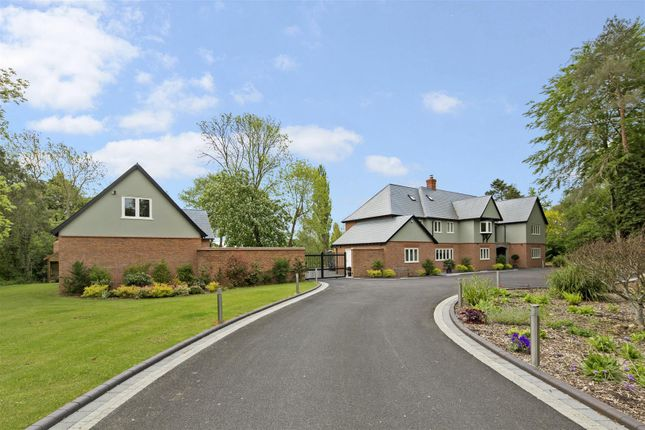 Thumbnail Detached house for sale in Luddington, Stratford Upon Avon, Warwickshire