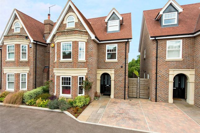 Thumbnail Detached house for sale in Magnolia Gardens, St. Albans, Hertfordshire