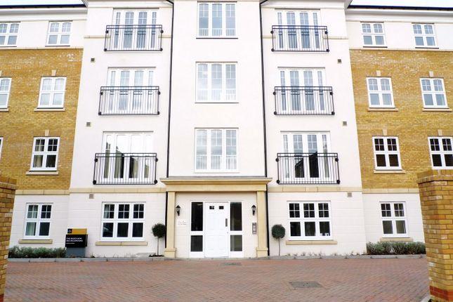 Thumbnail Flat to rent in Elliott Road, Watford, Hertfordshire