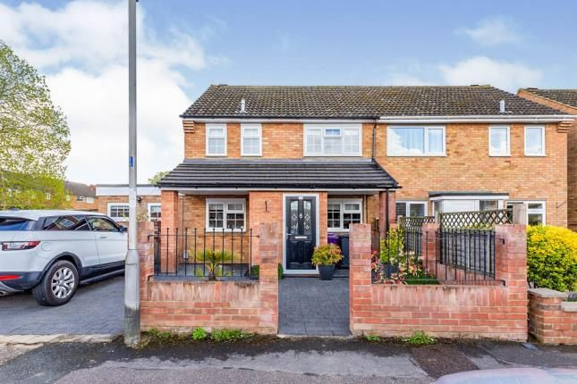 Thumbnail Semi-detached house for sale in Kings Hedges, Hitchin, Herts, England
