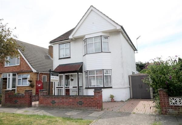 Thumbnail Property for sale in Preston Road, Holland-On-Sea, Clacton-On-Sea