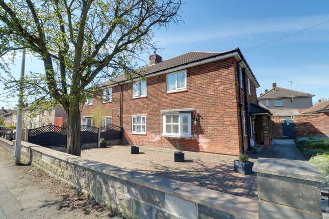 Thumbnail Flat for sale in Everest Road, Scunthorpe