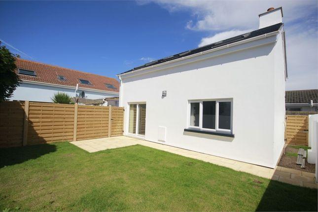 Thumbnail Detached house to rent in Rocque Pointue, La Vert Rue, Mont Es Croix, St Brelade