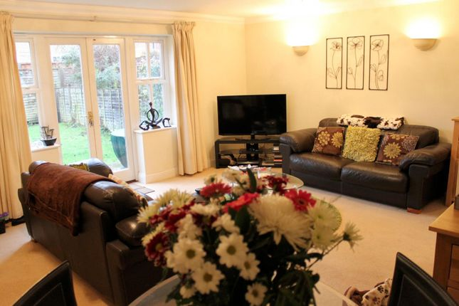 Thumbnail End terrace house to rent in St. Johns Road, St. Johns, Woking