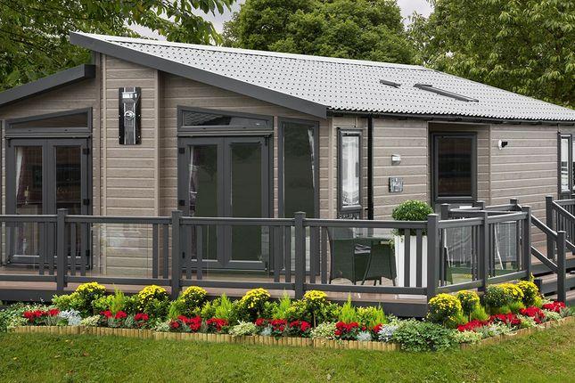 2 bed lodge for sale in Wyresdale Park, Kiln Lane, Hambleton, Poulton-Le-Fylde FY6