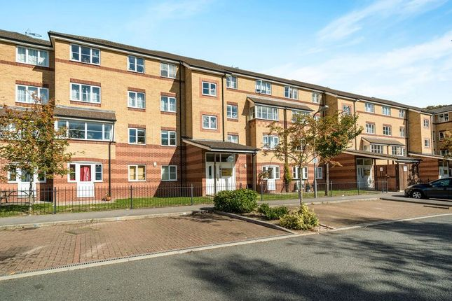 Thumbnail Property to rent in Peatey Court, Princes Gate, High Wycombe