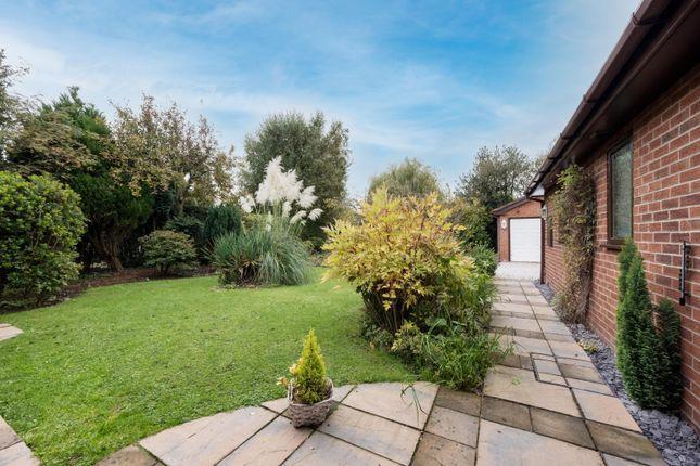 Garden of Deans Close, Tarvin, Chester CH3