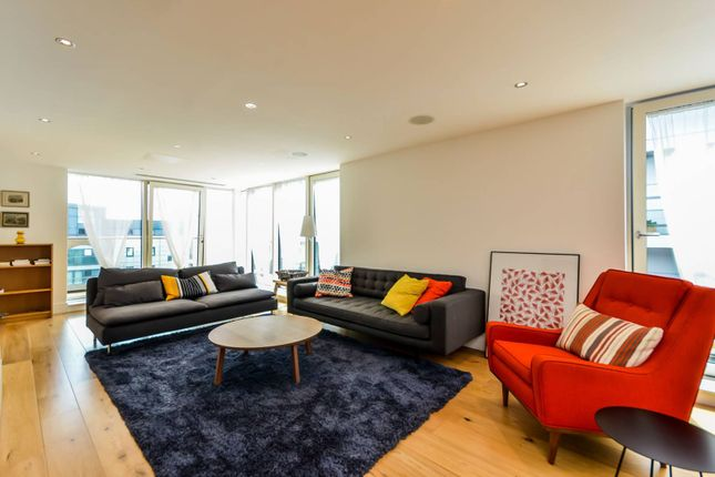 Thumbnail Flat to rent in Kings Lodge, Greenwich
