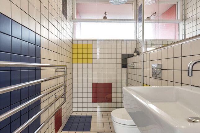 Bathroom of Bayer House, Golden Lane Estate, London EC1Y