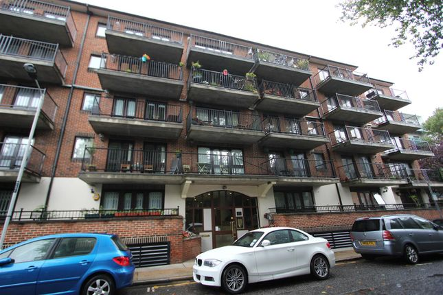 Studio to rent in George Leybourne House, Fletcher Street, London