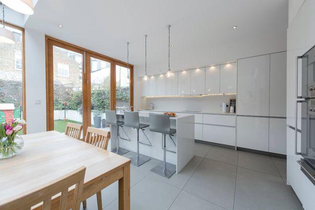 Thumbnail Terraced house for sale in Hillier Road, Battersea, London