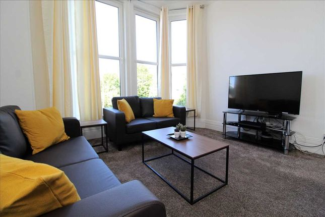 4 bed flat to rent in Mannamead Road, Mannamead, Plymouth PL4