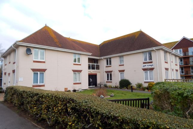 Thumbnail Flat to rent in Brookfield Road, Bexhill-On-Sea