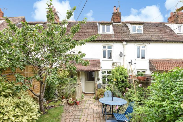 Thumbnail Terraced house to rent in Crooks Terrace, Wantage
