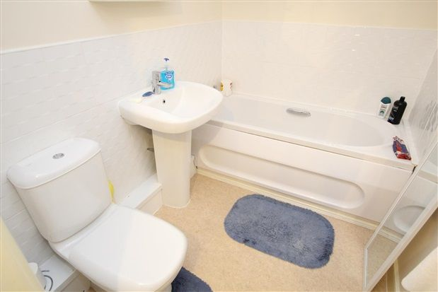 Bathroom of Woodlands View, Lytham St. Annes FY8