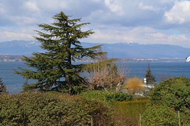 Thumbnail Villa for sale in Geneva, Switzerland