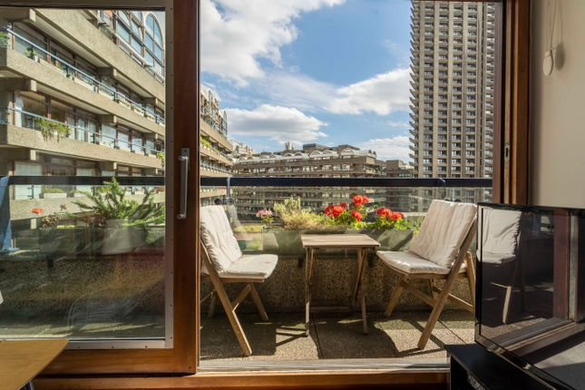 1 bed flat for sale in Barbican, London EC2Y