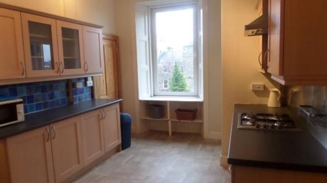 Thumbnail Flat to rent in 16-6 Mertoun Place, Edinburgh
