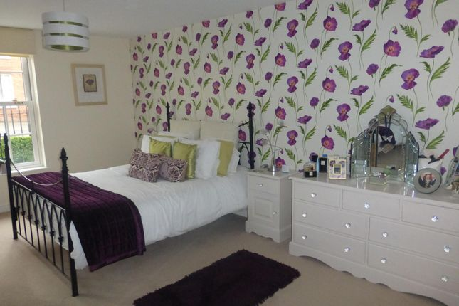 Thumbnail Flat to rent in Beacon Mews, Lichfield