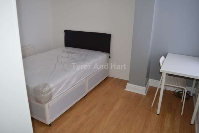 Thumbnail Shared accommodation to rent in Molyneux Road, Kensington, Liverpool