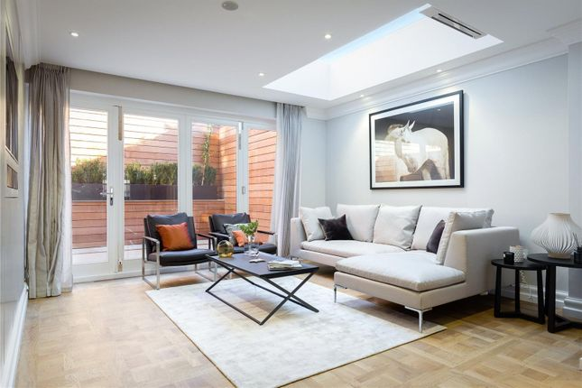 Thumbnail Terraced house for sale in St Lukes Street, Chelsea, London