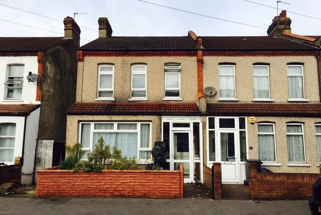 3 bed end terrace house for sale in Langdale Road, Thornton Heath
