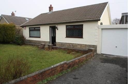 Thumbnail Bungalow to rent in Windermere Road, Morriston