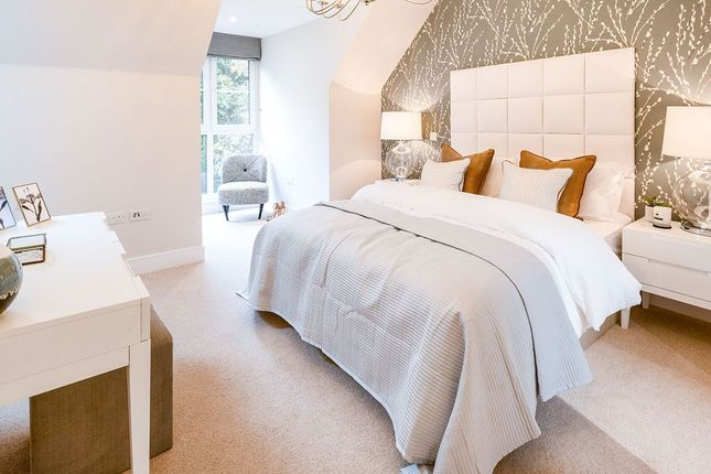 Thumbnail Semi-detached house for sale in Station Road, Bordon