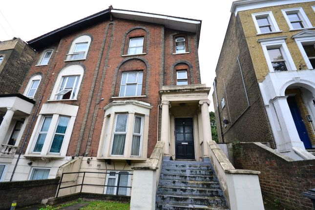 Thumbnail Flat to rent in Parkfield Road, London