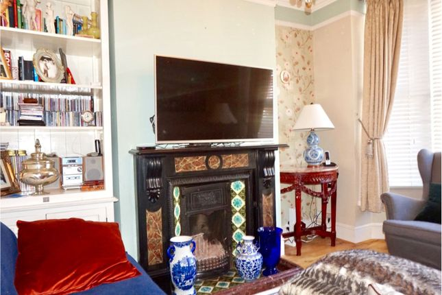 Living Room of Prospect Avenue, Strood Rochester ME2
