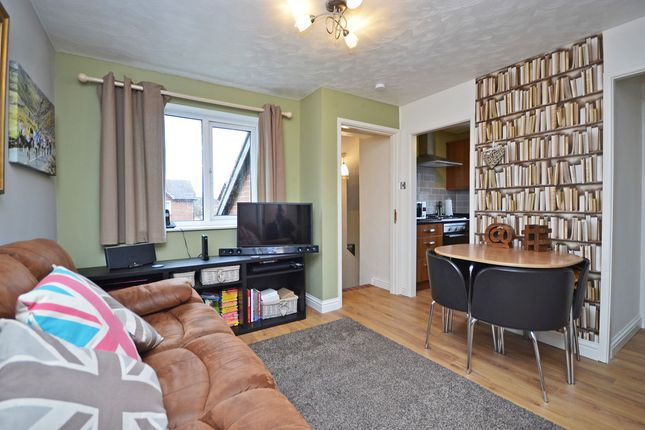Thumbnail Flat for sale in Meadow Brook Close, Normanton