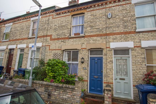 Thumbnail Terraced house for sale in Petworth Street, Cambridge