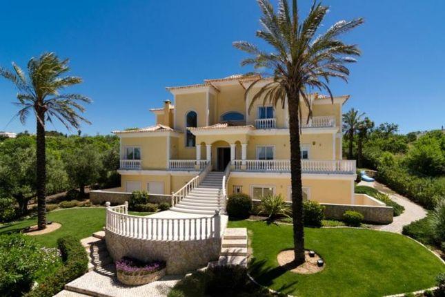 Villa for sale in Ferrel, Western Algarve, Portugal