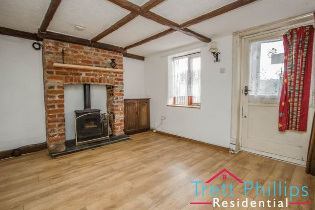 Thumbnail Terraced house for sale in Beach Road, Scratby, Great Yarmouth