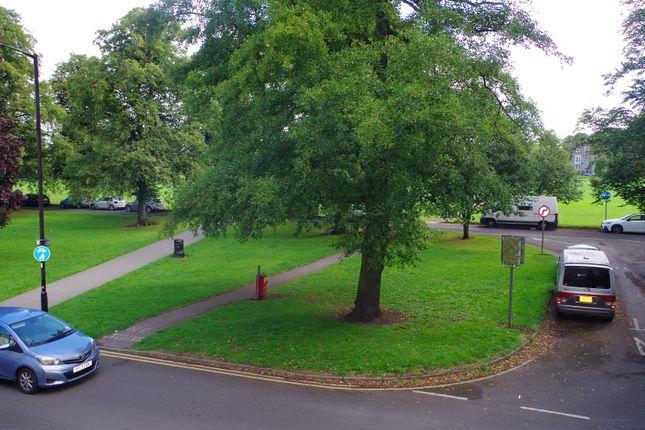 Flat to rent in Park Parade, Harrogate, Harrogate