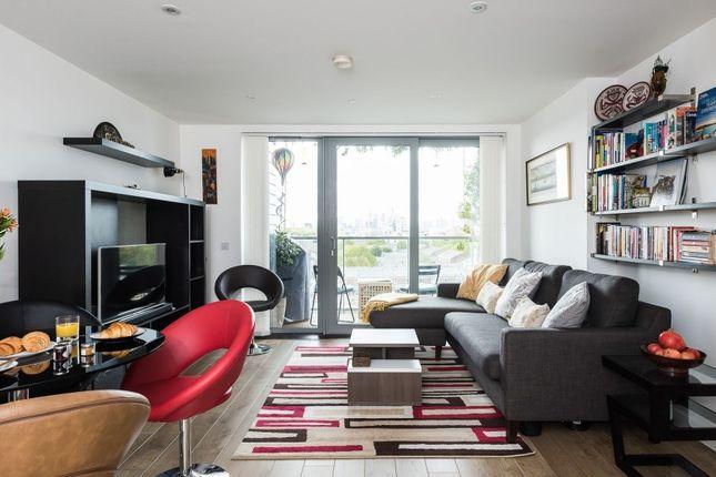 Thumbnail Flat to rent in New Festival Avenue, Poplar, London
